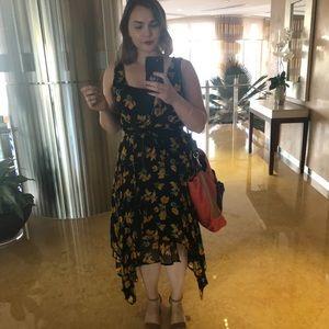 Flirty Topshop Dress 🌻